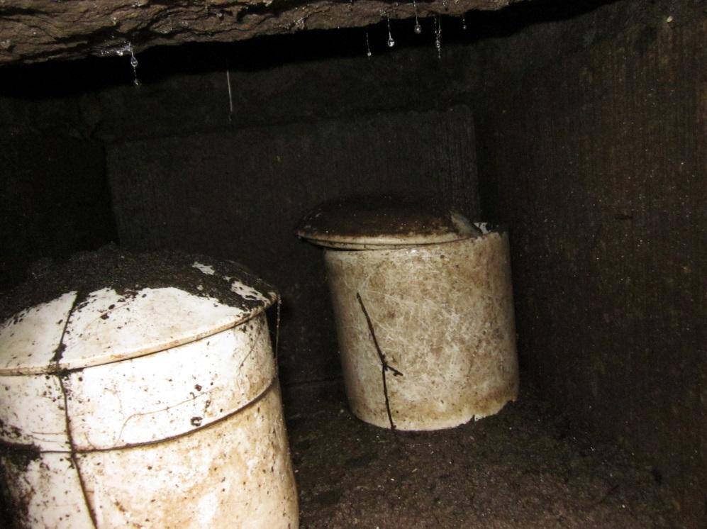 2.カロート内で水没した骨壺
